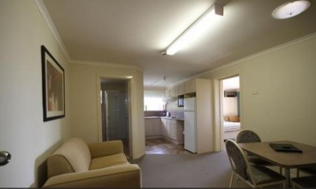 Araluen Motor Lodge - Accommodation Tasmania