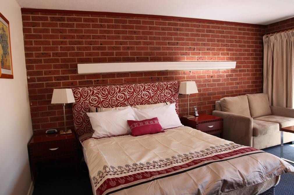 Carnegie Motor Inn and Serviced Apartments - Accommodation Tasmania