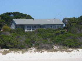 Island Beach Escape - Accommodation Tasmania