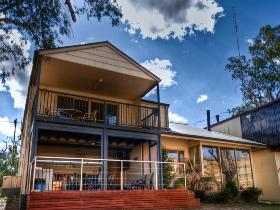River Shack Rentals - The Manor - Accommodation Tasmania