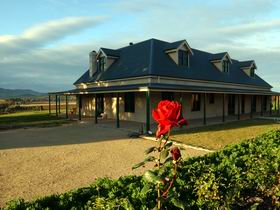 Abbotsford Country House - Accommodation Tasmania