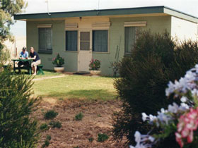 Oaklands Fishing Cottage - Accommodation Tasmania