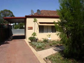 Loxton Smiffy's Bed And Breakfast Sadlier Street - Accommodation Tasmania