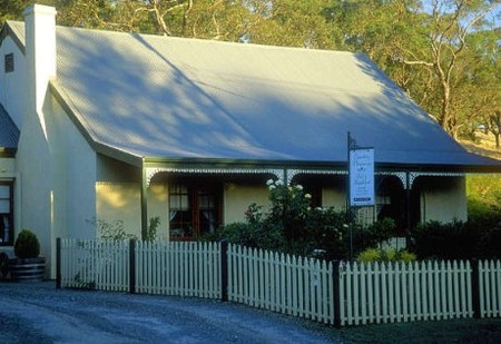 Country Pleasures Bed and Breakfast - Accommodation Tasmania