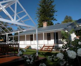 The Cottage - Berry - Accommodation Tasmania