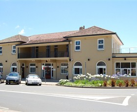 The Huskisson on Jervis Bay - Accommodation Tasmania