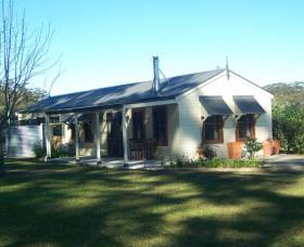Hillcrest Cottage - Accommodation Tasmania