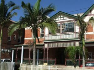 Maclean Hotel - Accommodation Tasmania
