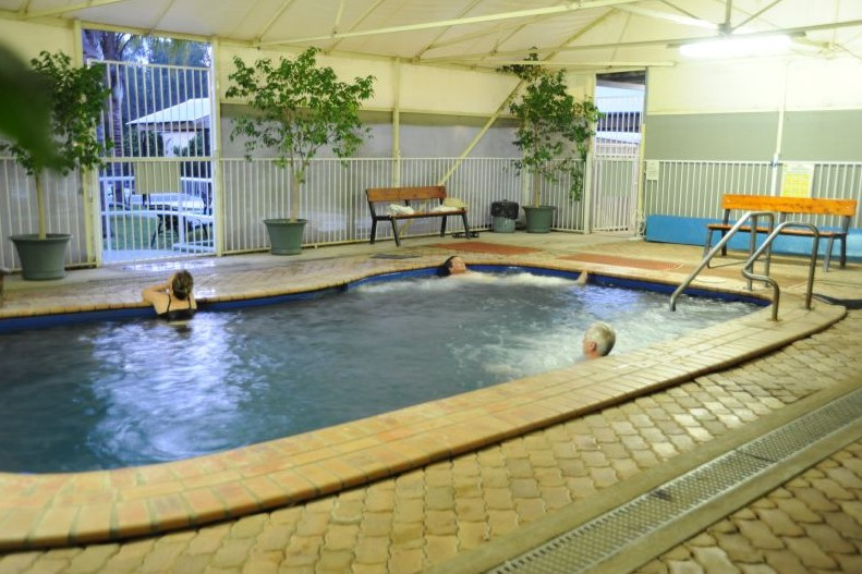 Artesian Spa Motel - Accommodation Tasmania