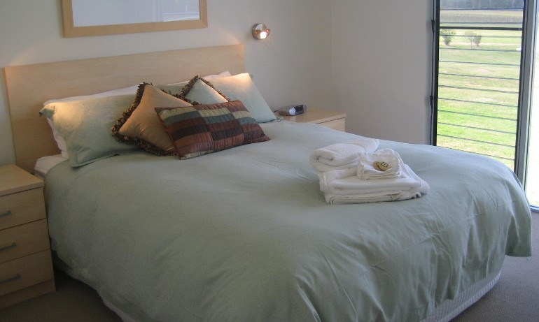 Adina Vineyard - Accommodation Tasmania