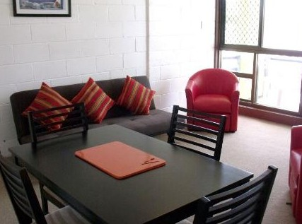Como Holiday Apartments and Tropical Nites Motel - Accommodation Tasmania