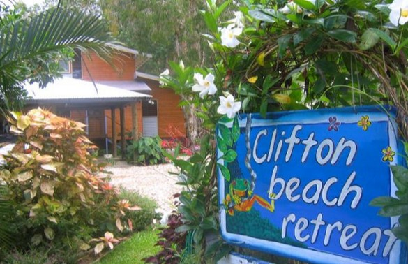 Clifton Beach Retreat
