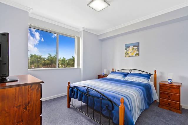 Lakeside Waterfront Apartment 18 - Accommodation Tasmania