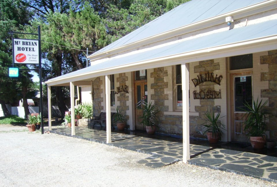Mount Bryan Hotel - Accommodation Tasmania