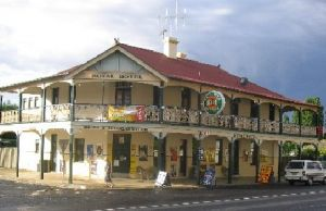 Royal Hotel Mandurama - Accommodation Tasmania