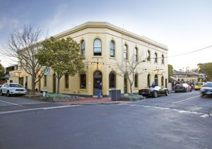 College Lawn Hotel - Accommodation Tasmania