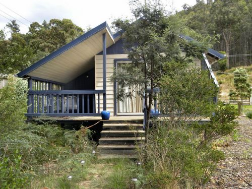 Huon Charm Waterfront Cottages