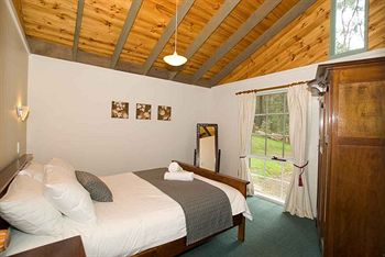 Hill aposNapos Dale Farm Cottages - Accommodation Tasmania