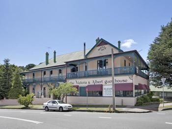 The Victoria amp Albert Guesthouse - Accommodation Tasmania