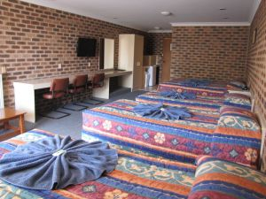 Big Trout Motor Inn - Accommodation Tasmania