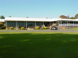 Tenterfield Golf Club and Fairways Lodge - Accommodation Tasmania