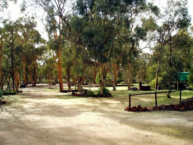 Toodyay Holiday Park  Chalets