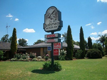 Bushmans Motor Inn - Accommodation Tasmania