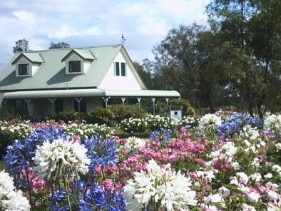 Emmas Cottage Vineyard - Accommodation Tasmania