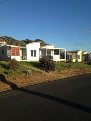 Azzure Beach Houses - Accommodation Tasmania