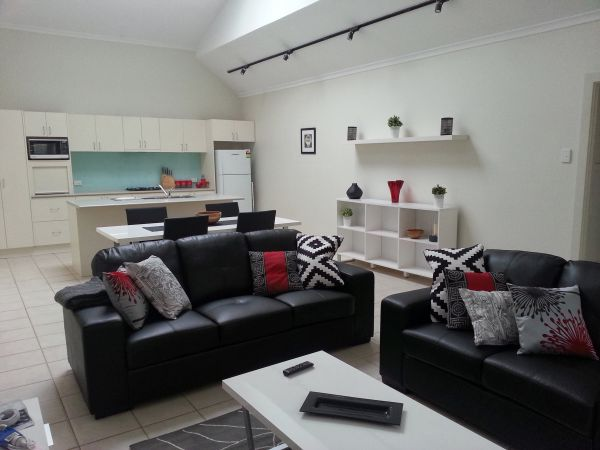 Studio One Accommodation - Accommodation Tasmania