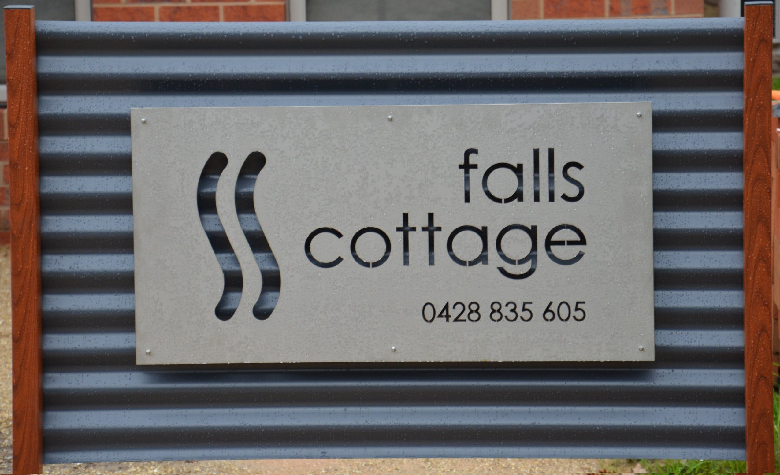 Falls Cottage Whitfield - Accommodation Tasmania