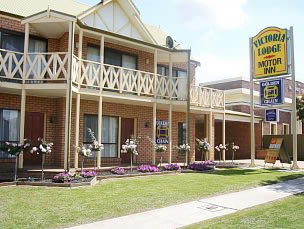 Victoria Lake Holiday Park - Accommodation Tasmania