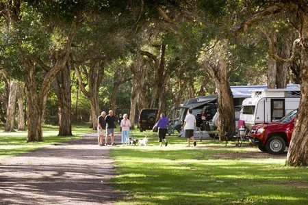 Beachfront Holiday Park - Accommodation Tasmania