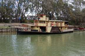 Emmylou Paddle Steamer - Accommodation Tasmania