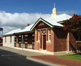 Artgeo Cultural Complex - Old Courthouse - Accommodation Tasmania