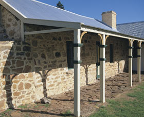 Ellensbrook Historic Home and Picnic Grounds