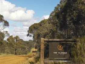 The Islander Estate Vineyards Pty Ltd - Accommodation Tasmania