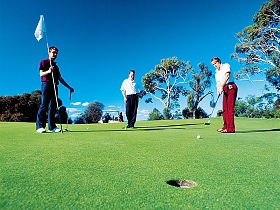 Oatlands Golf Course - Accommodation Tasmania