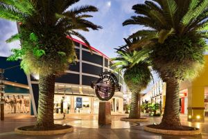 Harbour Town Outlet Shopping Centre - Accommodation Tasmania