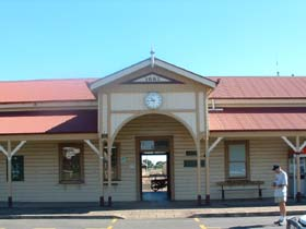 Maryborough Railway Station - Accommodation Tasmania