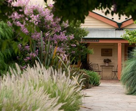 Baileys of Glenrowan - Accommodation Tasmania