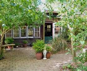 Gumnut Hideaway Gallery - Accommodation Tasmania