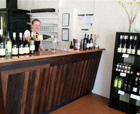 Billy Button Wines - Accommodation Tasmania