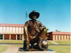 Cunnamulla Fella - Accommodation Tasmania