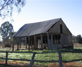 Cobb and Co Stables Morven - Accommodation Tasmania