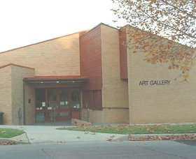 Cowra Regional Art Gallery - Accommodation Tasmania
