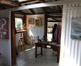 Tin Shed Gallery - Accommodation Tasmania