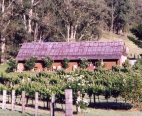 Undercliff Winery and Gallery - Accommodation Tasmania