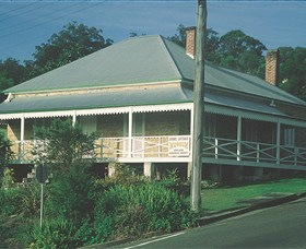 Maclean Stone Cottage and Bicentennial Museum - Accommodation Tasmania