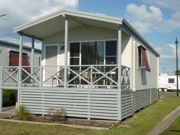 Belmont Pines Lakeside Holiday Park - Accommodation Tasmania